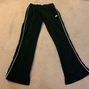 Nike Fit&Flare Sweatpants